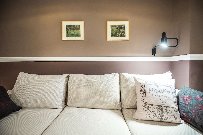 Καναπές καθιστικού