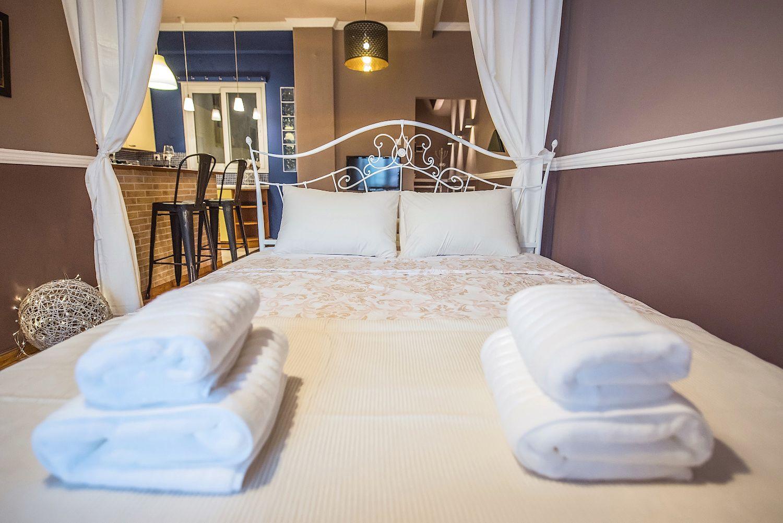 Περιοχή υπνοδωματίου με 1 κρεβάτι Queen size