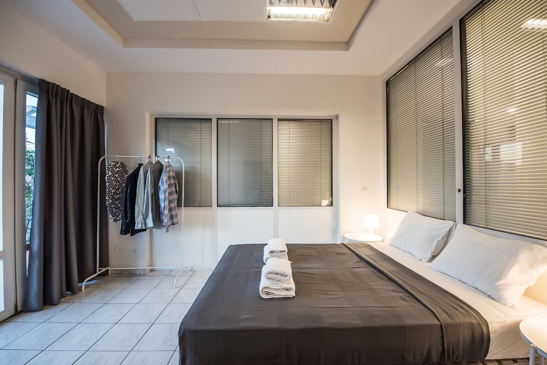 Bedroom 2, 1 Double Bed