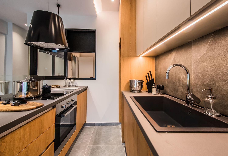 Dione Kitchen