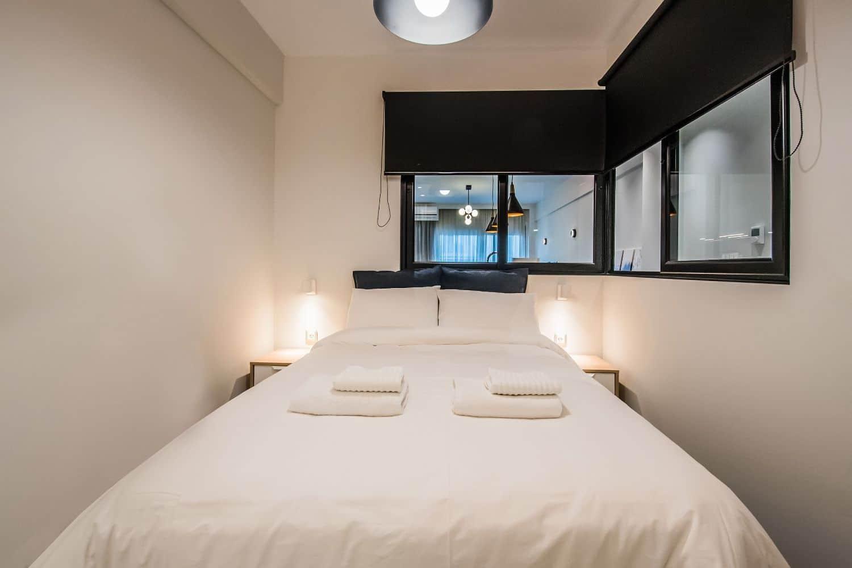 Clio Double bed