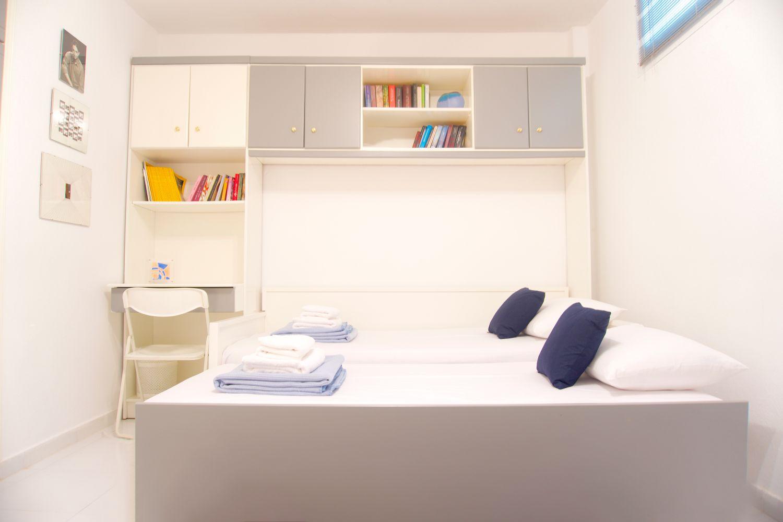 3o Υπνοδωμάτιο με 2 μονά κρεβάτια