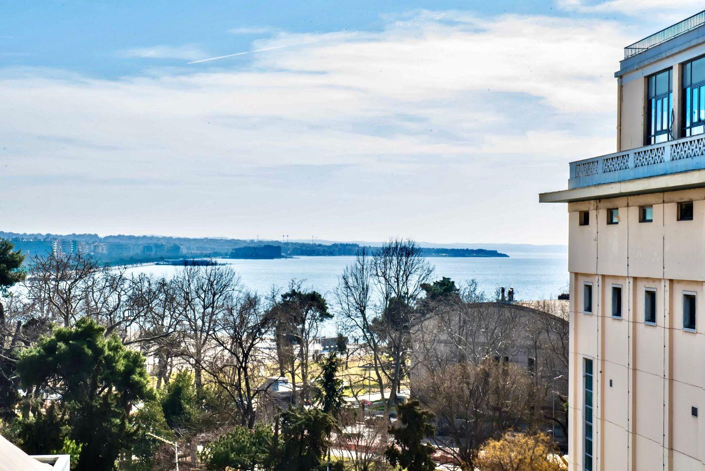 Μπαλκόνι με θέα