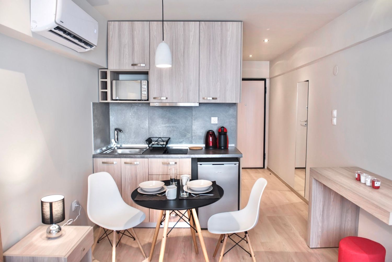 Στούντιο C τραπεζαρία και μικρή κουζίνα