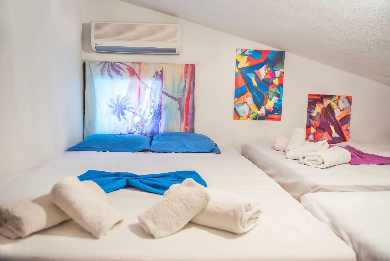 3ο Υπνοδωμάτιο με 3 διπλά κρεβάτια