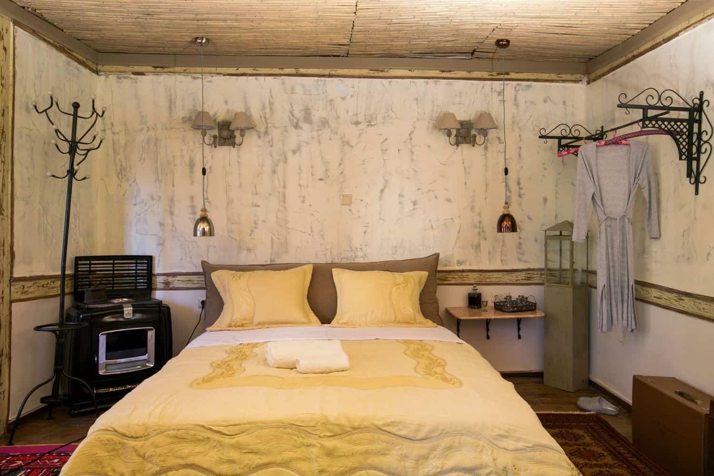 #Grande: Bedroom 2, 1 Double Bed