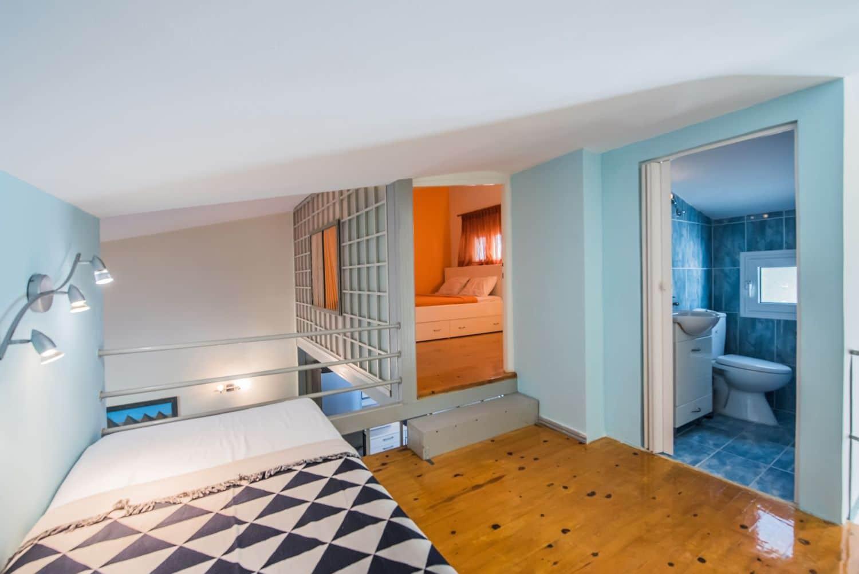 1ο Υπνοδωμάτιο με το 1ο Μπάνιο