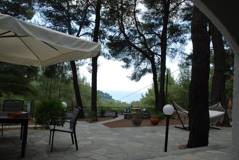 Villa Clementine Patio and Sea View