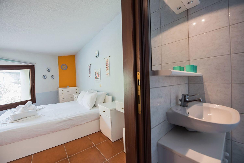 Bedroom 1 with En suite Bathroom 2