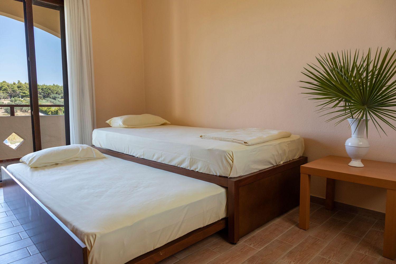 3ο Υπνοδωμάτιο με 2 μονά κρεβάτια
