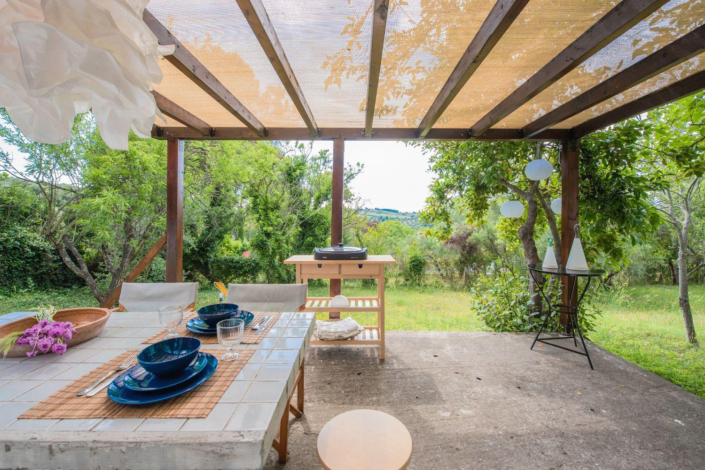 Veranda, Outdoor Dining area