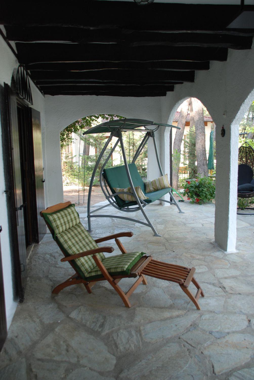 Villa Clementine Veranda Sitting area