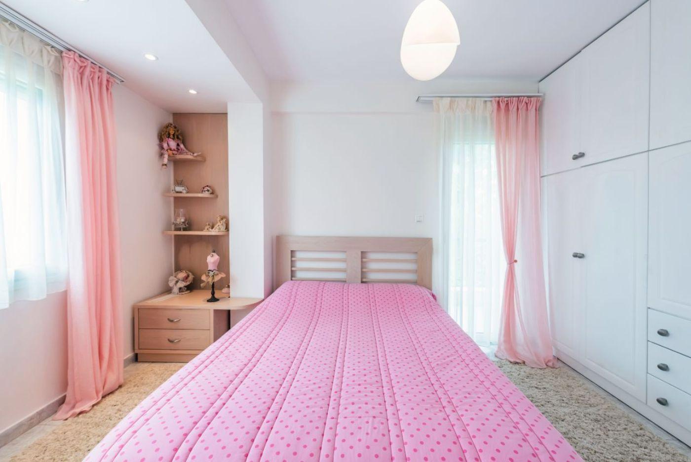 2ο Υπνοδωμάτιο με 1 Διπλό κρεβάτι