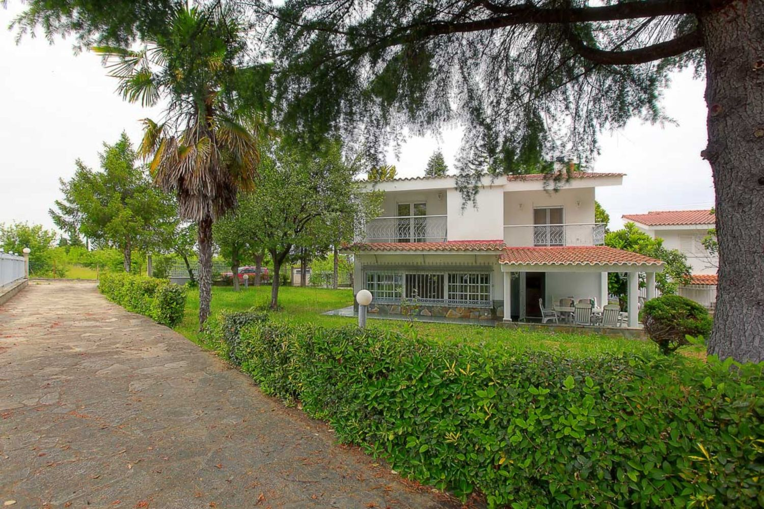 Villa Rose Front View and Garden