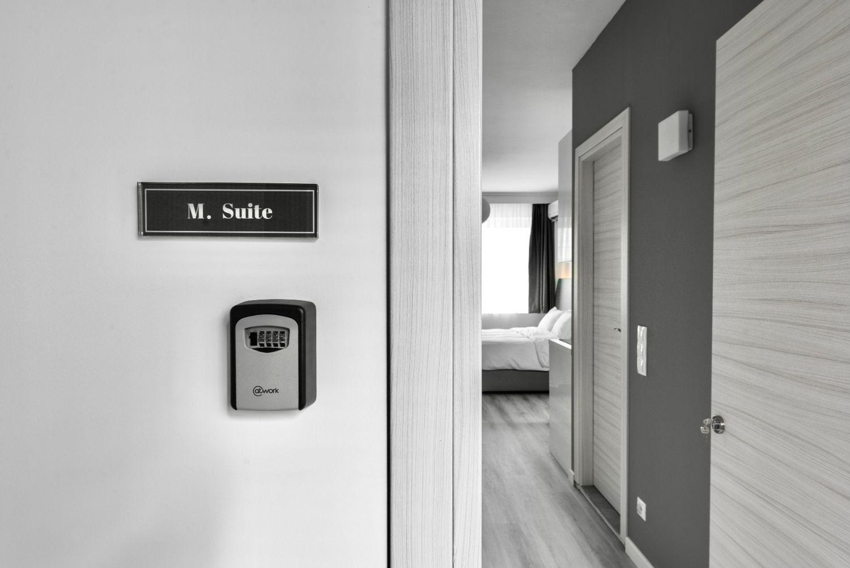#M Suite