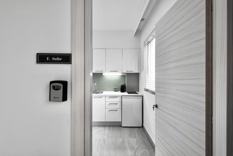 #F Suite Entrance