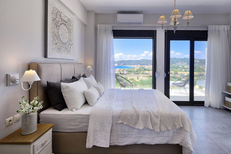 Bedroom 1 with 1 Queen size bed and en suite Bathroom