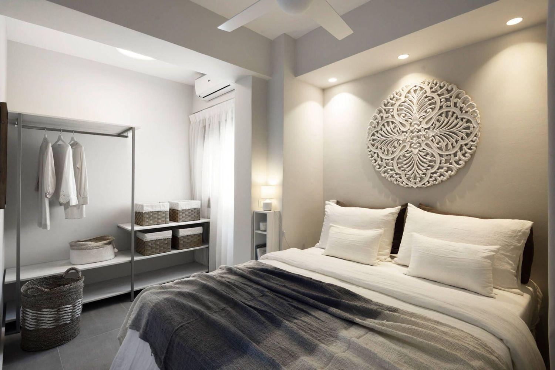 Bedroom with 1 Queen size bed