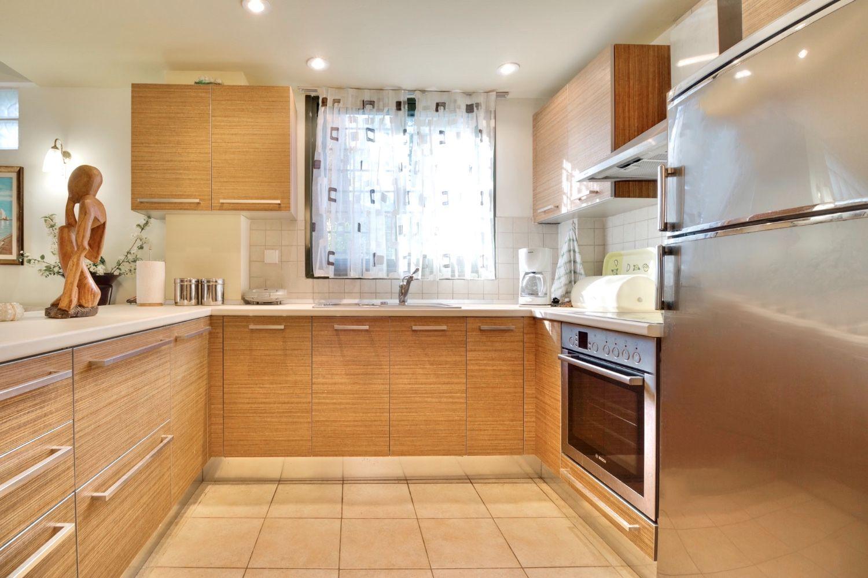 Πλήρως εξοπλισμένη κουζίνα