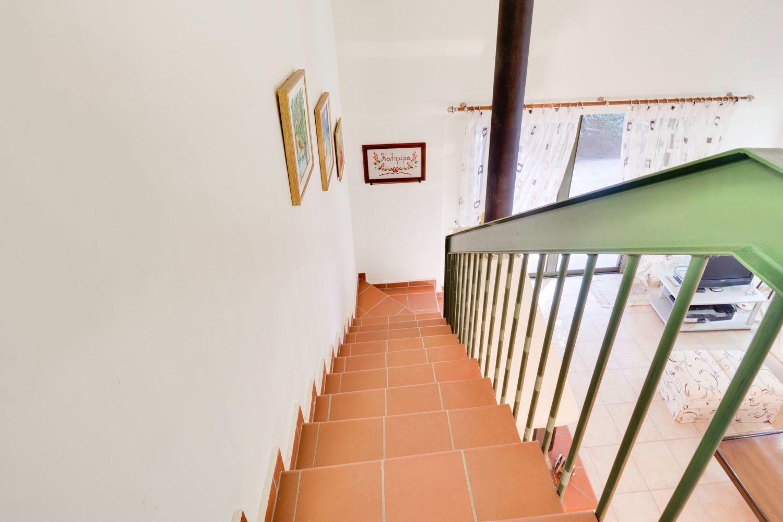 Σκάλα για τον 1ο όροφο
