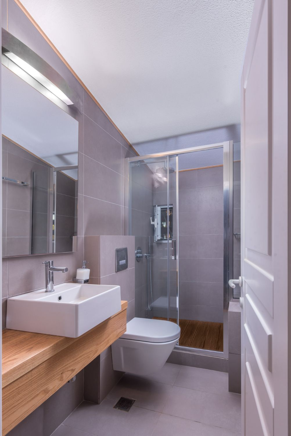 Bathroom 3 with Shower and WC