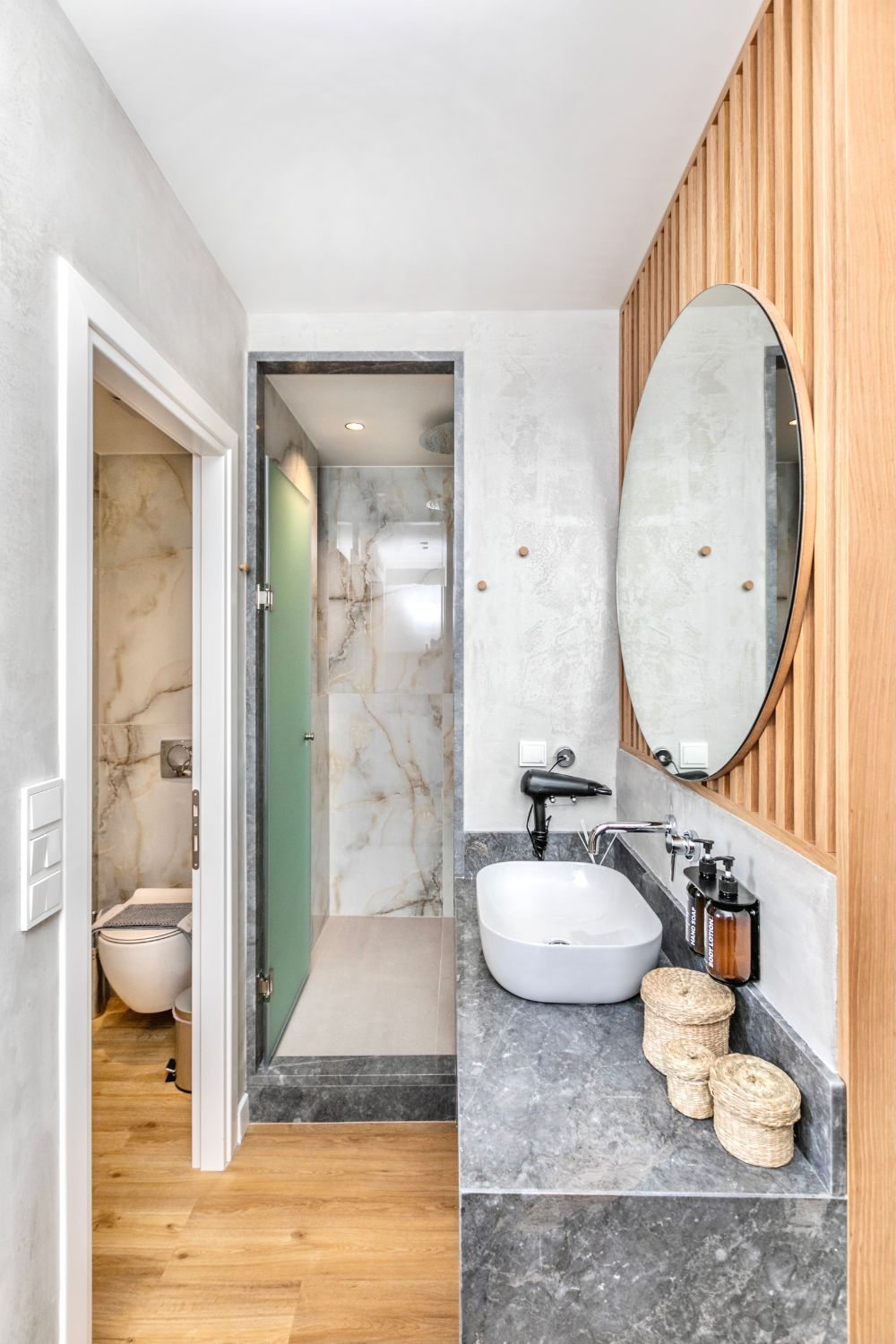 #706 Bathroom with Shower and WC