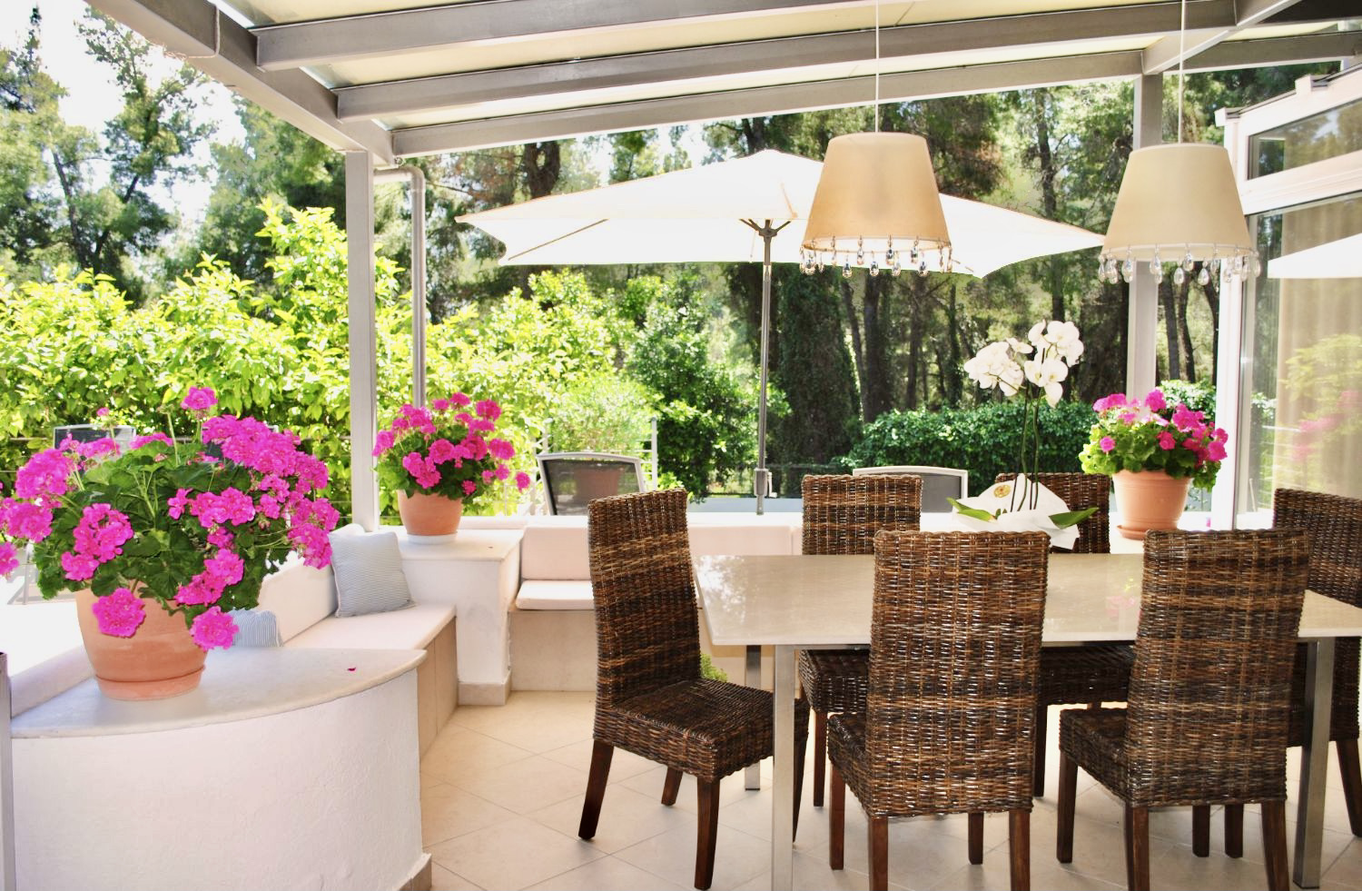Outdoors dining area