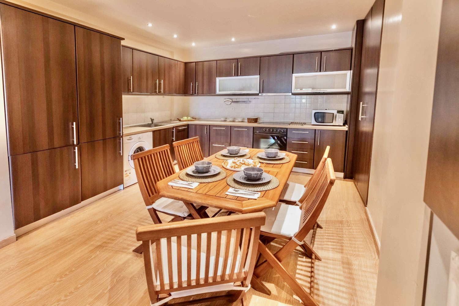 Kitchen and dinging table