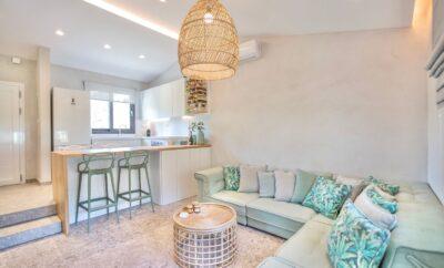 Villa #Anemone: Bright 2 bedroom Villa with Pool