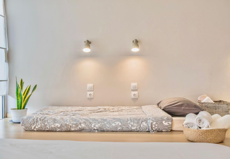 Υπνοδωμάτιο 2: 2 διπλά κρεβάτια, 1 μονό κρεβάτι