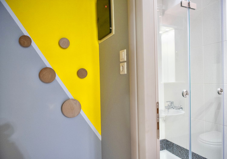 Μπάνιο και διακοσμητικές λεπτομέριες
