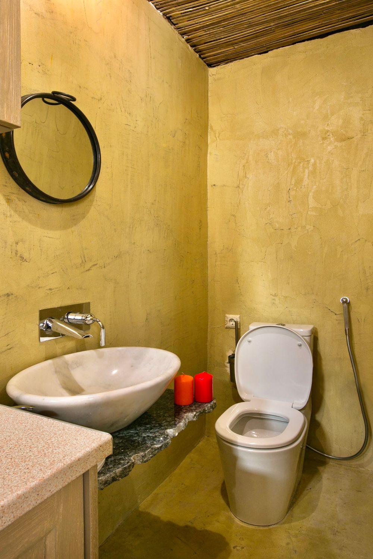 Ottoman Petite: Bathroom