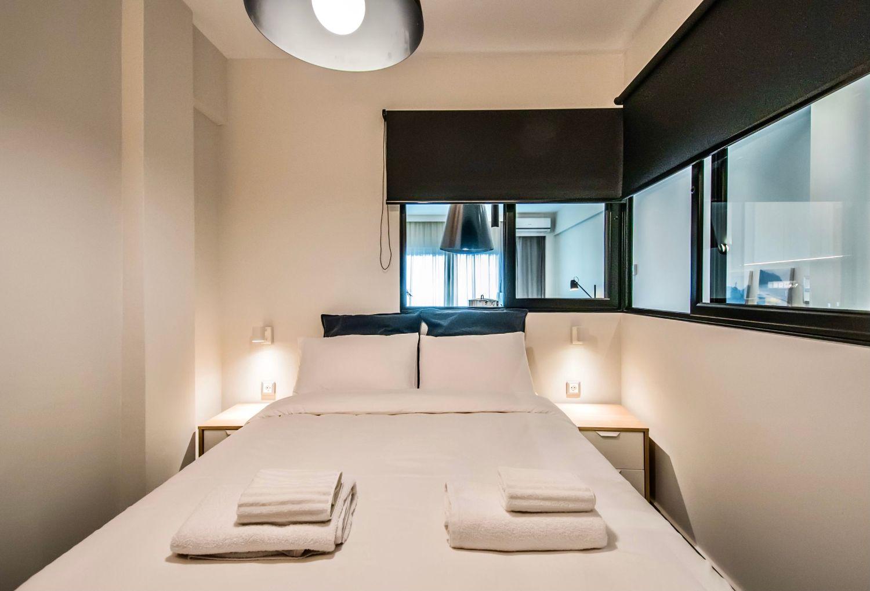 Dione Διπλό κρεβάτι