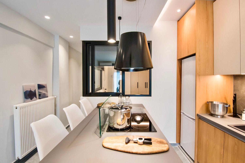 Dione Κουζίνα και τραπεζαρία