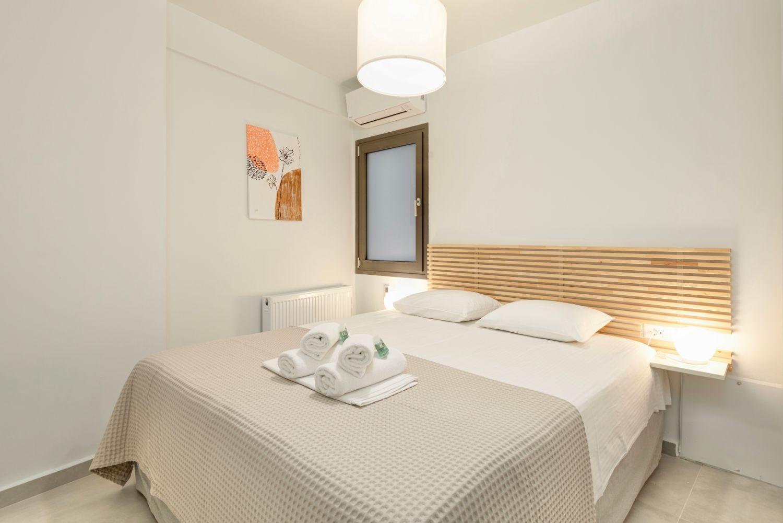 Υπνοδωμάτιο με 1 διπλό κρεβάτι
