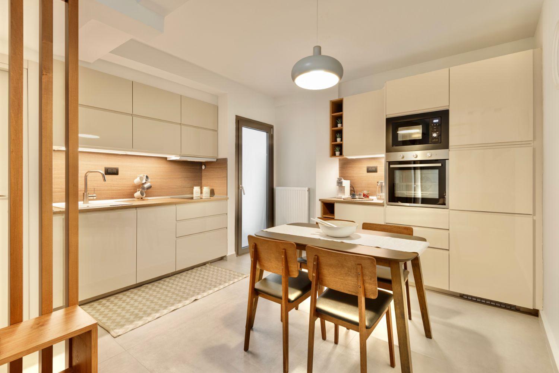 Κουζίνα και τραπεζαρία